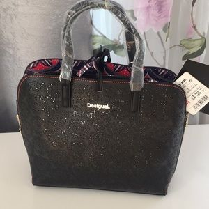 New Desigual plug and play beautiful bag